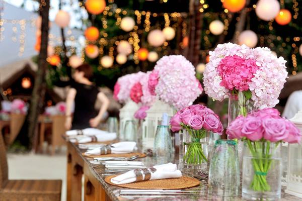 Hochzeitsdekoration in rosa